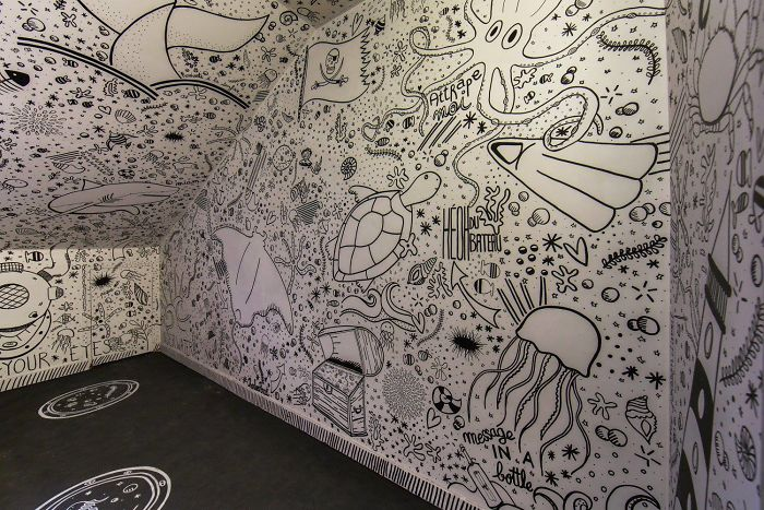 100-graffiti-artists-university-painting-rehab2-paris-596db5f5f24c2__700