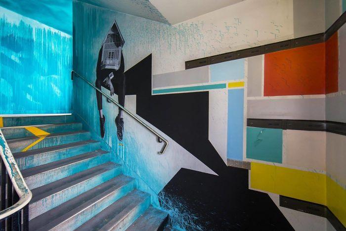 100-graffiti-artists-university-painting-rehab2-paris-596db749730e9__700