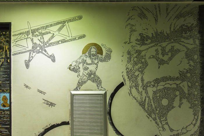 100-graffiti-artists-university-painting-rehab2-paris-596db9f79f284__700