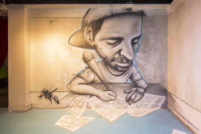 100-graffiti-artists-university-painting-rehab2-paris-596dbb041894d__700