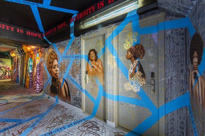 100-graffiti-artists-university-painting-rehab2-paris-7-596dae8398296__700