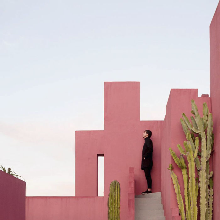 aesthetic-architecture-photography-traveling-daniel-rueda-anna-devis-13-595cb56ea1bfd__700