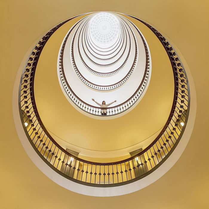 aesthetic-architecture-photography-traveling-daniel-rueda-anna-devis-6-595cb55f0367c__700