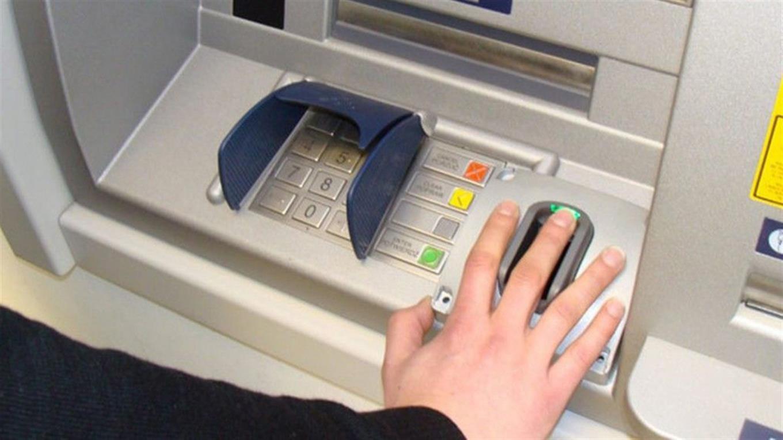 El Banco de San Juan instaló un cajero con lectura de huellas dactilares.