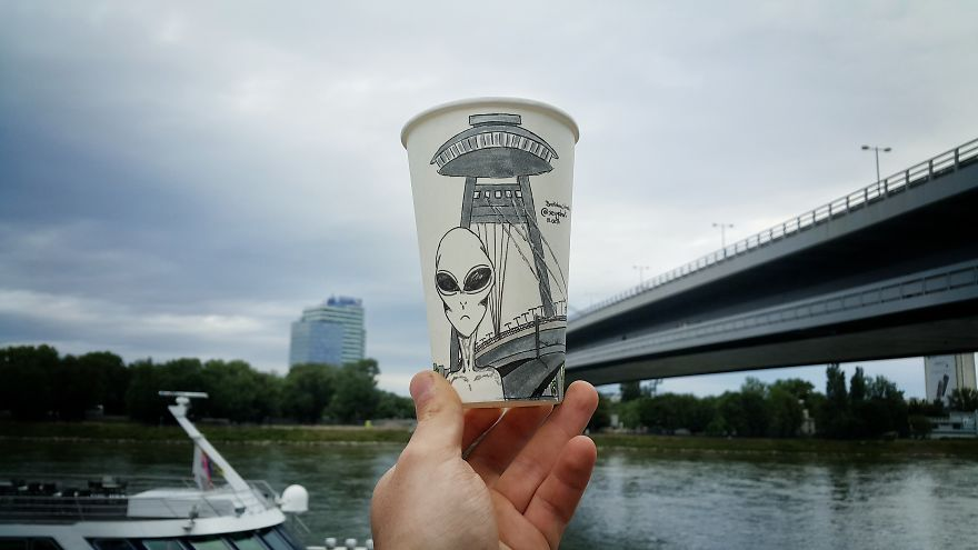 Bratislava-Ufo-Bridge-59731bf0b94f6-jpeg__880