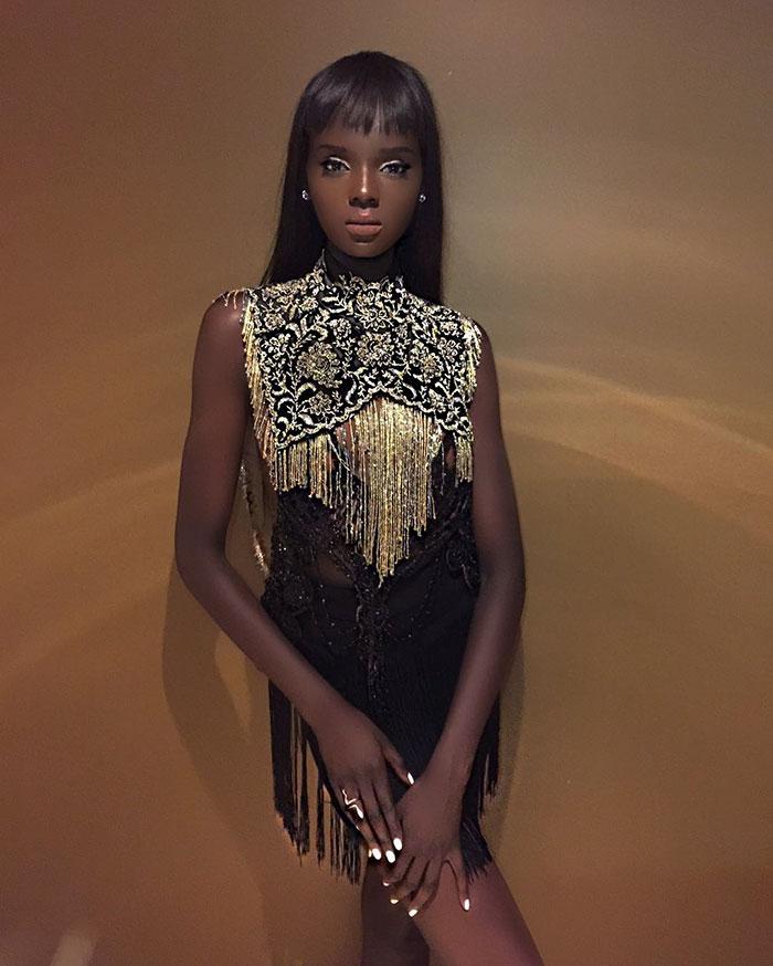 dark-skin-barbie-like-model-duckie-thot-18-595c8af61086c__700