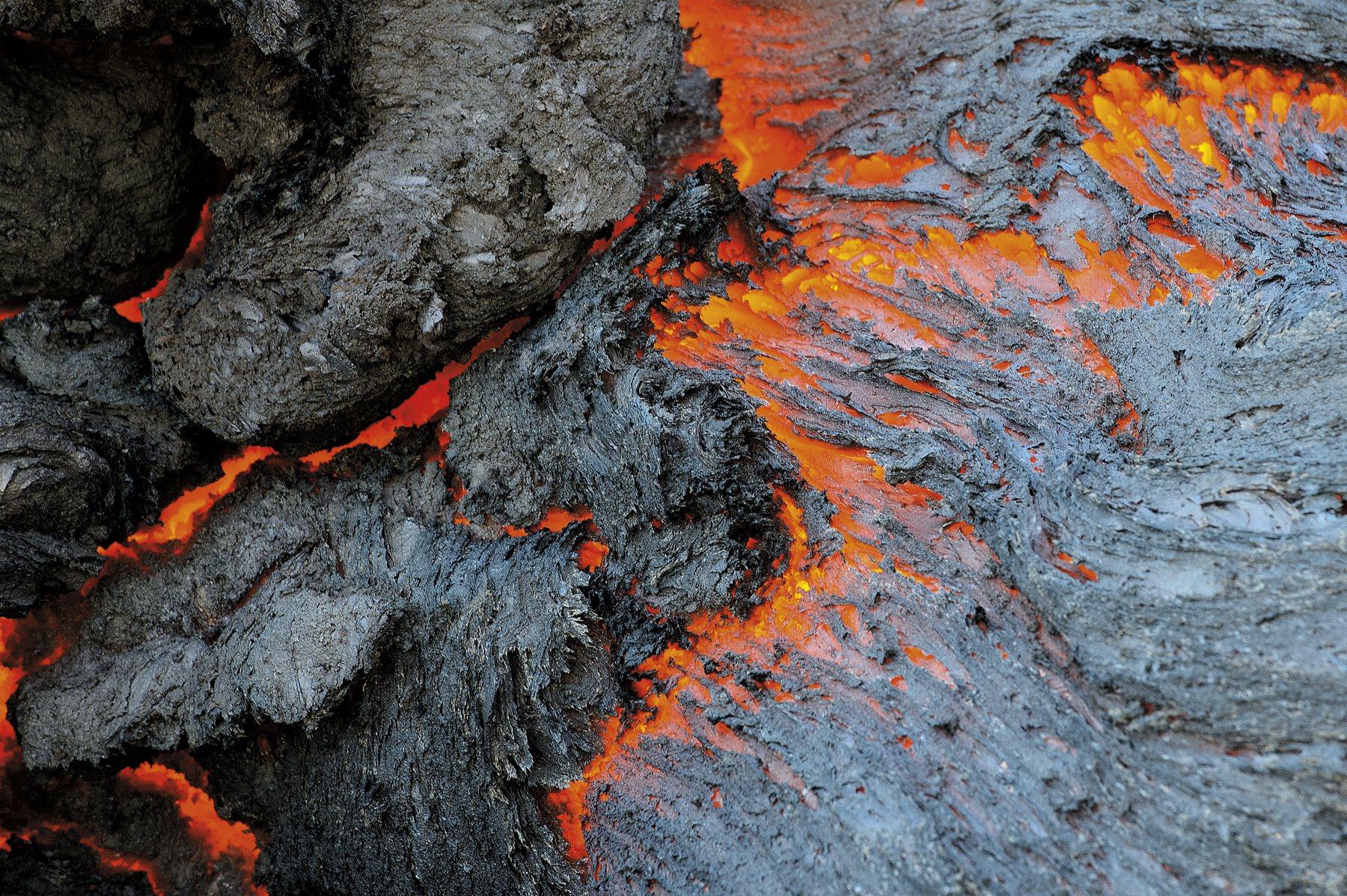 g-volcano_tolbachik_0079_1800x1198