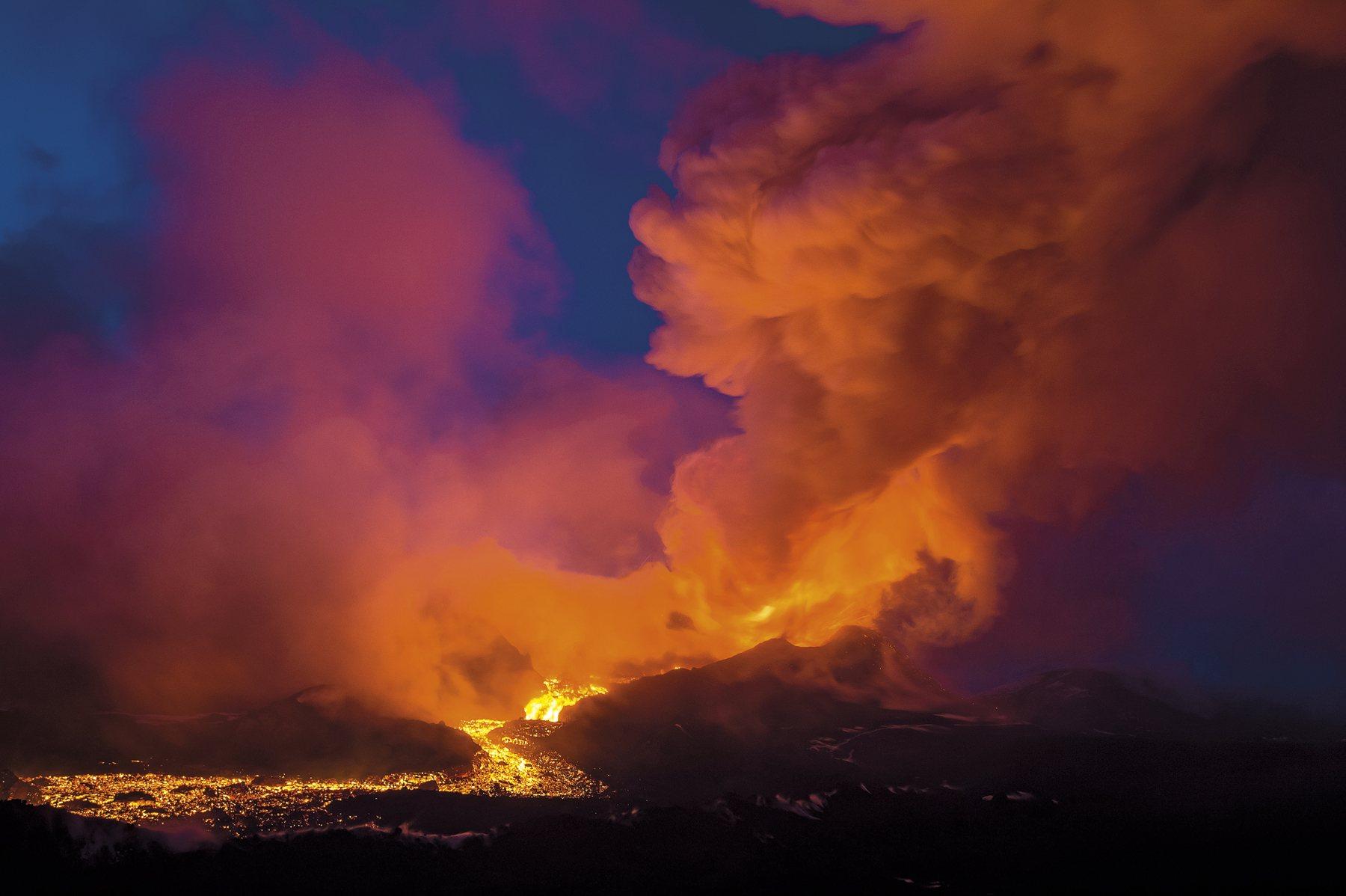 g-volcano_tolbachik_2822_1800x1198