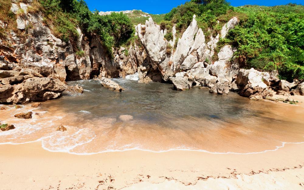 playa-gulpiyuri