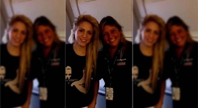 Shakira - azafata - waka