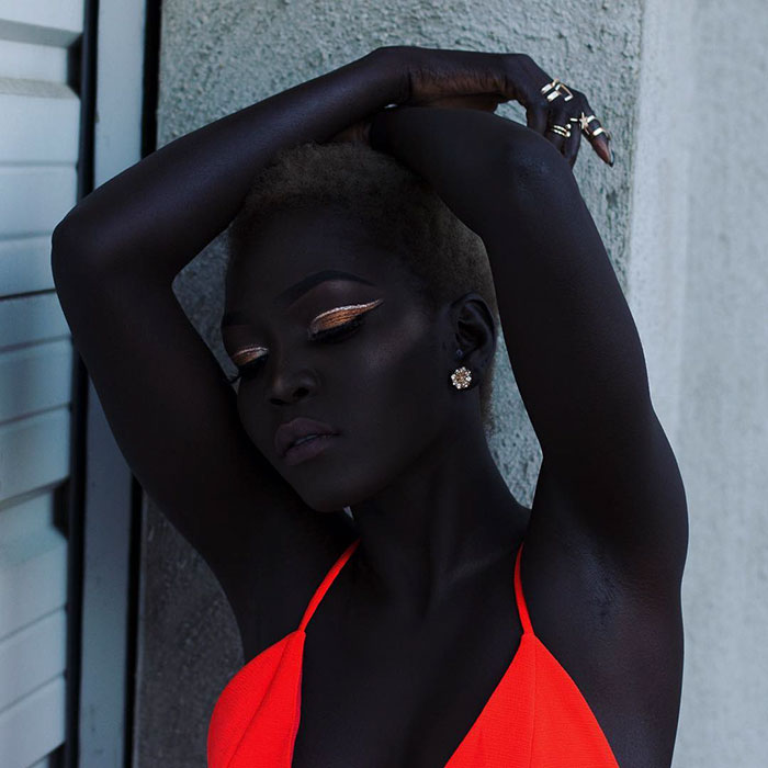 sudanese-model-queen-of-the-dark-nyakim-gatwech-26-5959ef15f2ac1__700