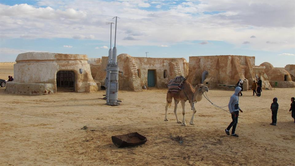 os Espa, a las afueras de Tozeur, o los pagos de Anakin Skywalker antes de rendirse al Lado Oscuro.