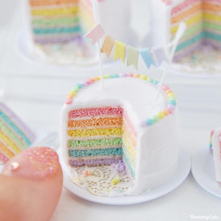 3c930d2bddc33ca1b77d8f5f44c463fb--cake-mini-rainbow-cakes
