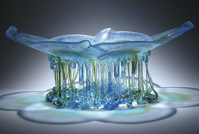 dripping-glass-sculptures-jellyfish-daniela-forti-10-598d74d302f16__700