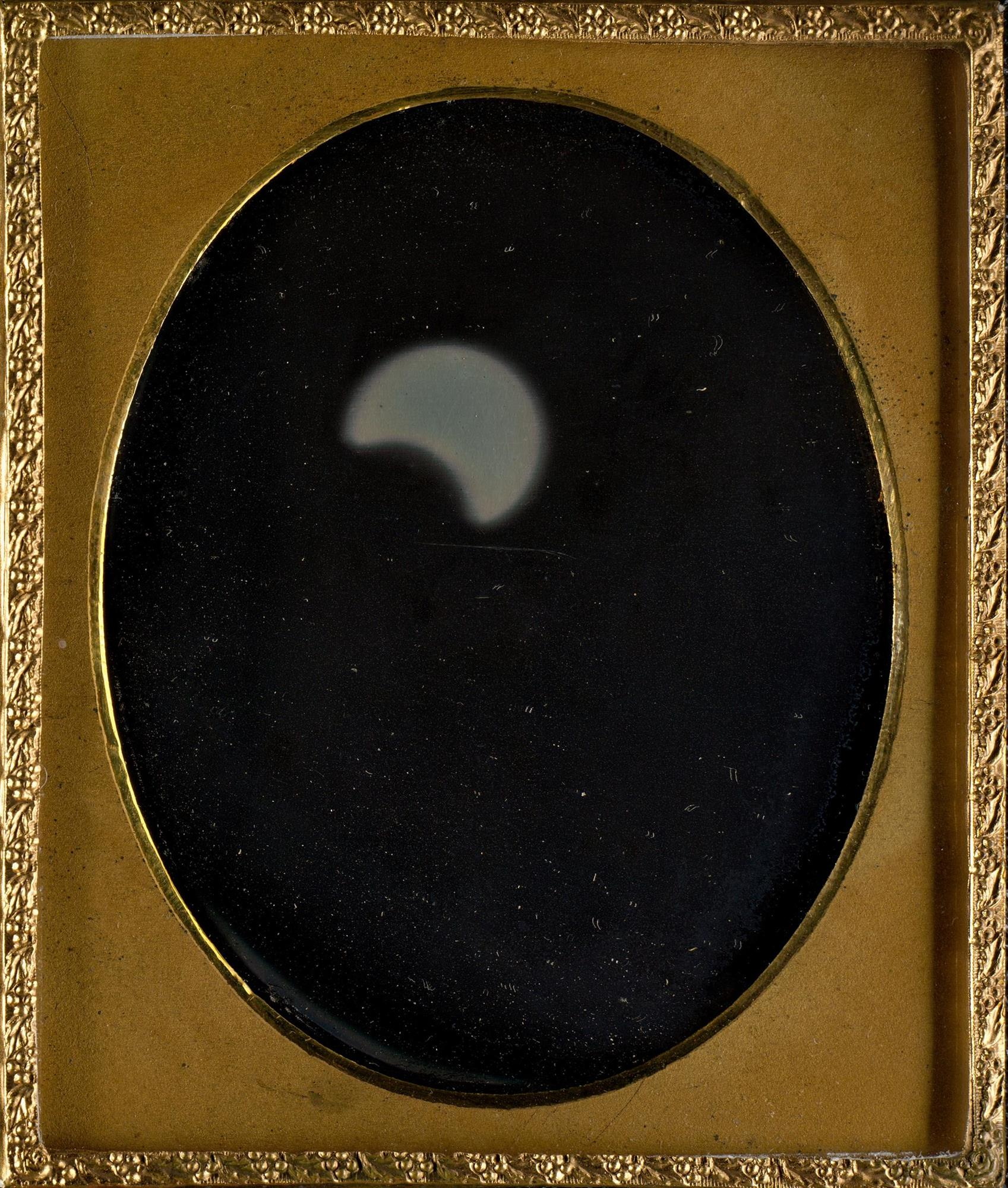 eclipsesolar1_6f44468a_1697x2000