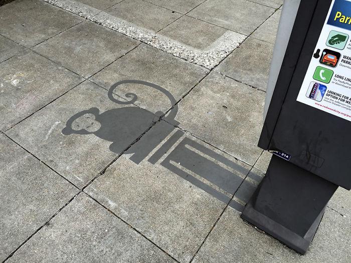 fake-shadow-street-art-damon-belanger-redwood-california-1-599bf2671663b__700