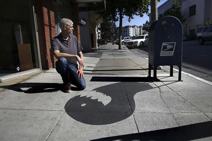fake-shadow-street-art-damon-belanger-redwood-california-2-599bf26952035__700