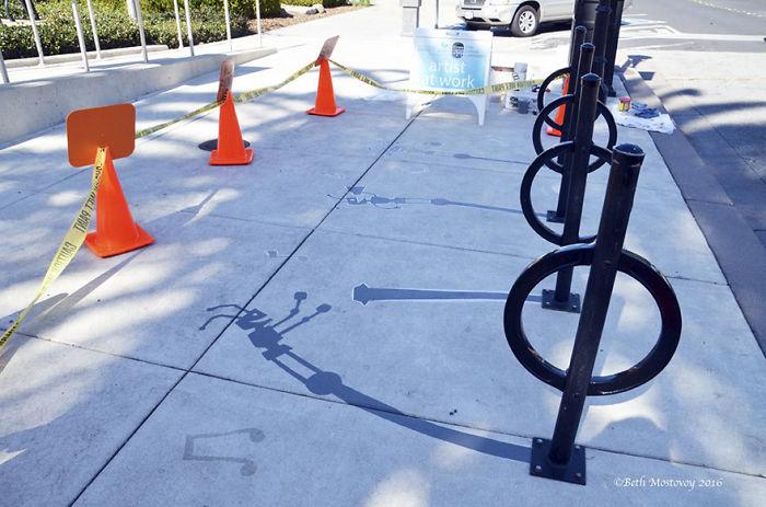 fake-shadow-street-art-damon-belanger-redwood-california-7-599bf272be75a__700