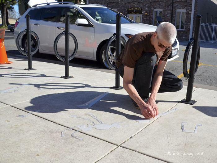 fake-shadow-street-art-damon-belanger-redwood-california-8-599bf27451e53__700