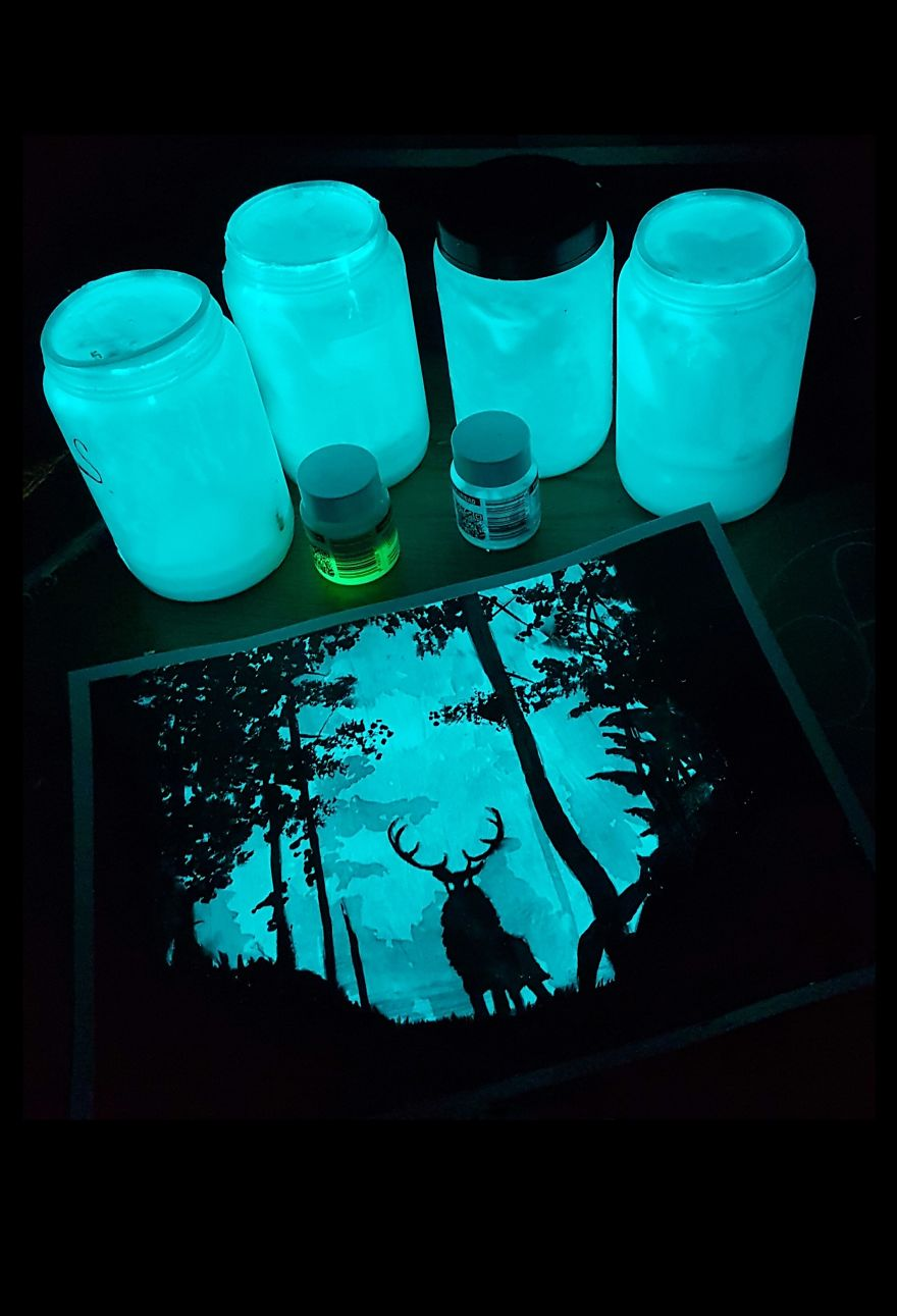 Glow-in-the-dark-Art-5989f6768c780__880