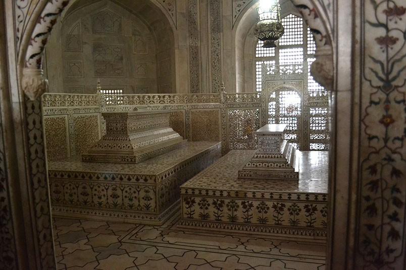 historia-del-taj-mahal-10.jpg.imgw.1280.1280