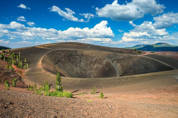 Lassen-Volcanic-National-Park-586bc0c69bb69__700