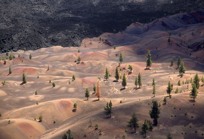Lassen-Volcanic-National-Park-586bc2e7af809__700