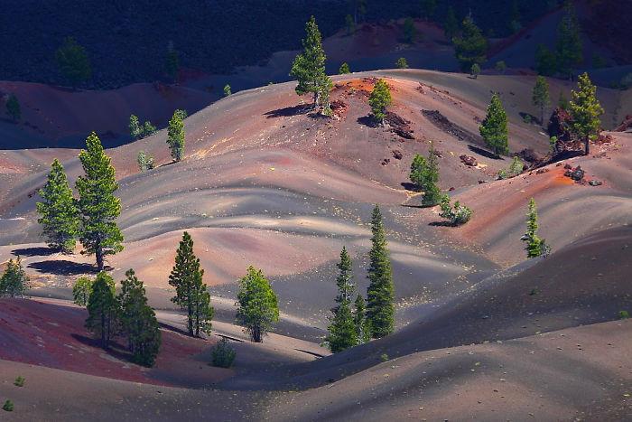 Lassen-Volcanic-National-Park-5874fec61cc9a__700