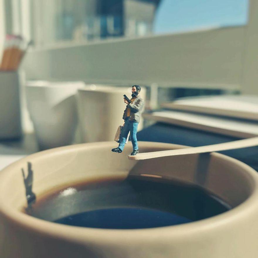Miniature-Office-of-Derrick-Lin-598a18a9438bc__880