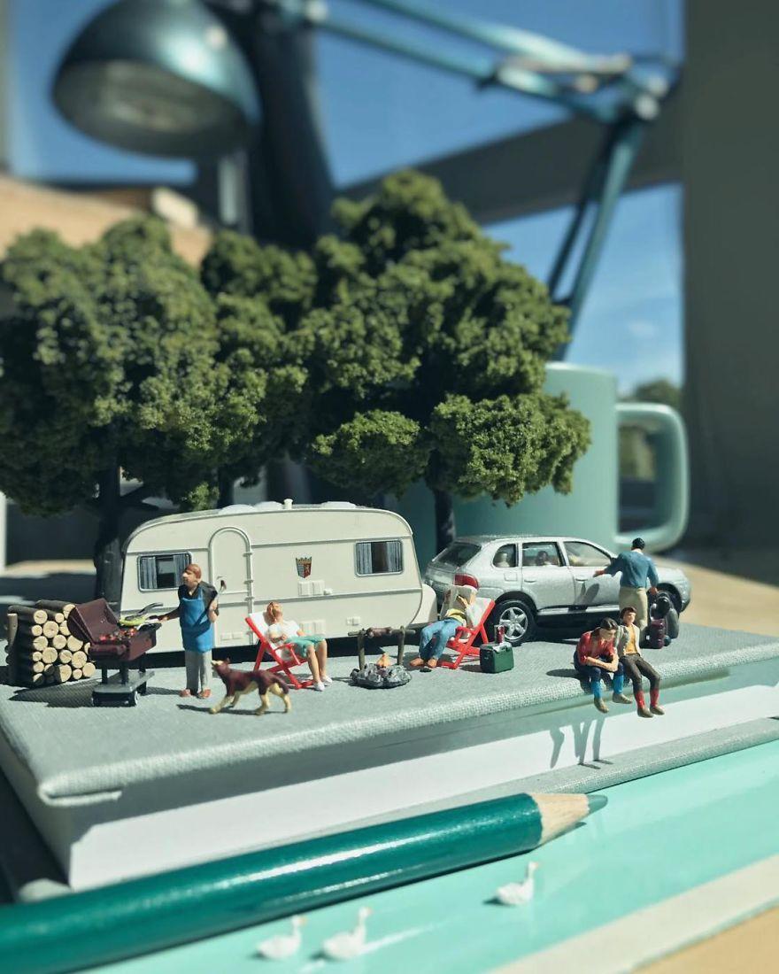 Miniature-Office-of-Derrick-Lin-598a19906908b__880