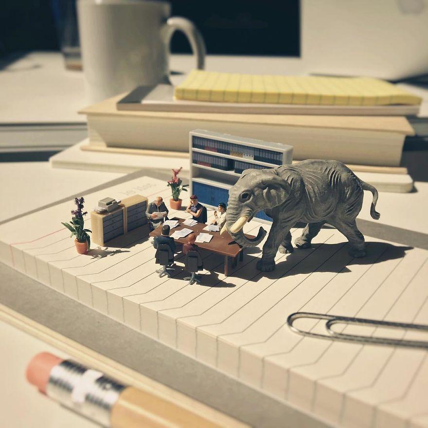 Miniature-Office-of-Derrick-Lin-598af41b34b9c__880