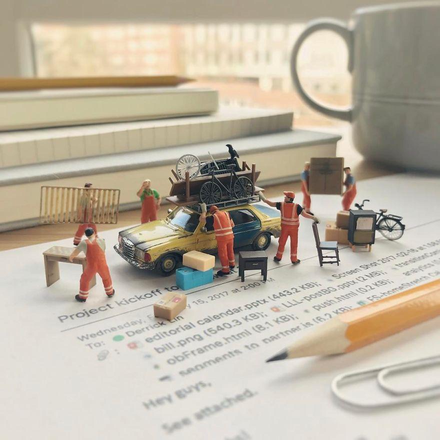 Miniature-Office-of-Derrick-Lin-598af43dd955e__880