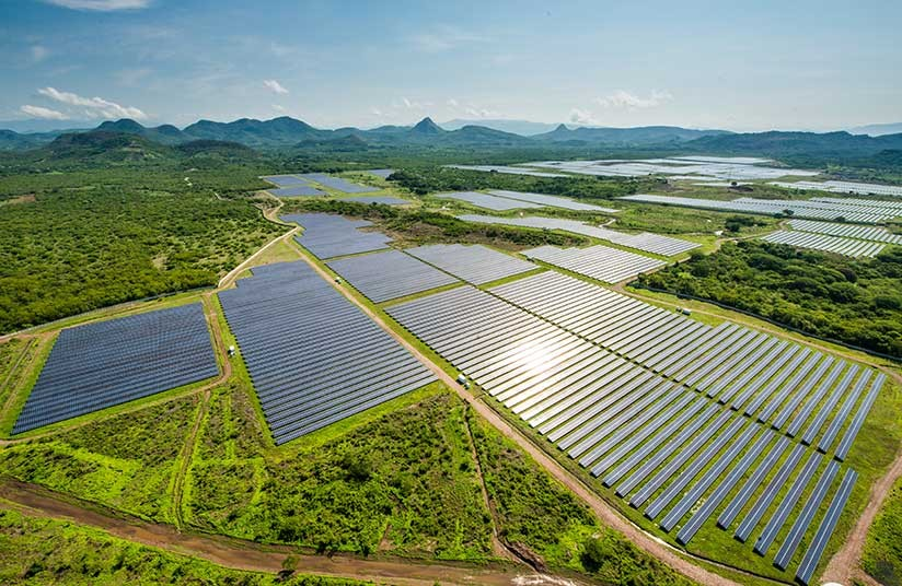planta-solar-en-honduras-1.jpg.imgw.1280.1280