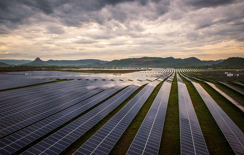 planta-solar-en-honduras-10.jpg.imgw.1280.1280