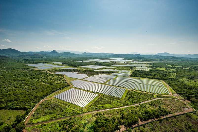 planta-solar-en-honduras-2.jpg.imgw.1280.1280