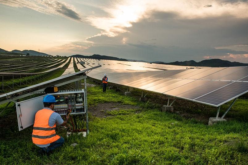planta-solar-en-honduras-6.jpg.imgw.1280.1280