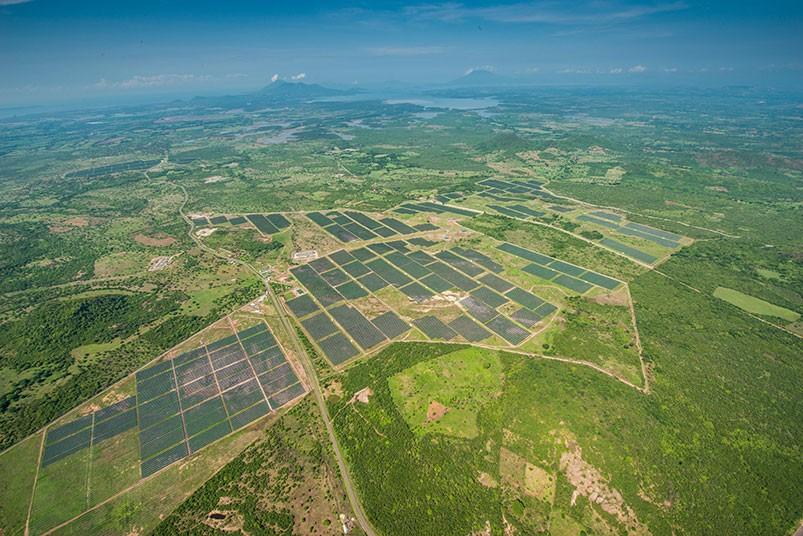 planta-solar-en-honduras-9.jpg.imgw.1280.1280