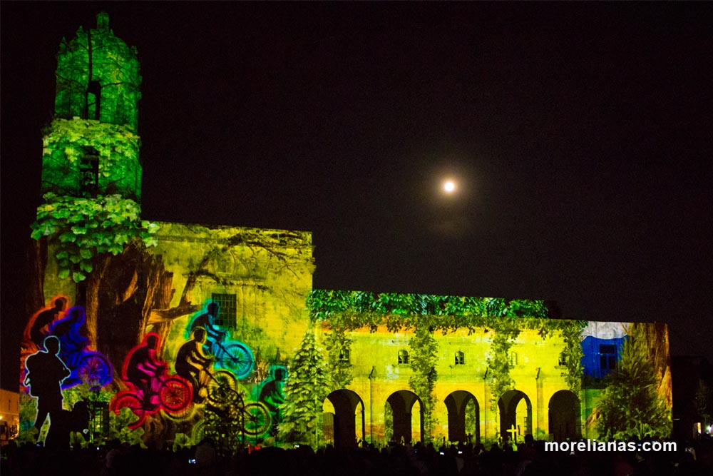 video-mapping-aniversario-morelia-8