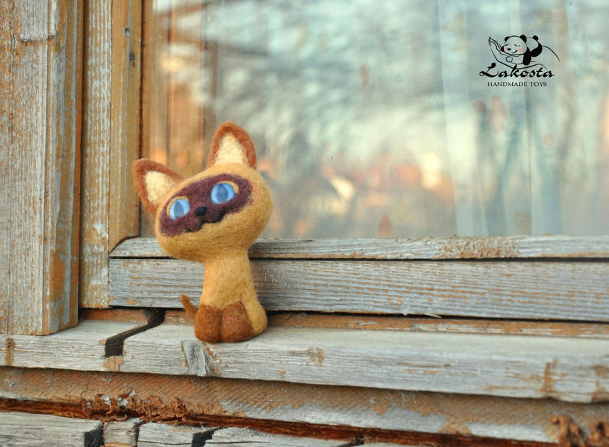 20-Cutest-Felted-Toys-Ever-By-LaKosta-59b2b39e92596__880