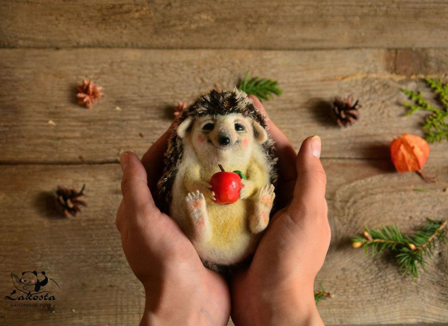 20-Cutest-Felted-Toys-Ever-By-LaKosta-59b2b3a6cf938__880