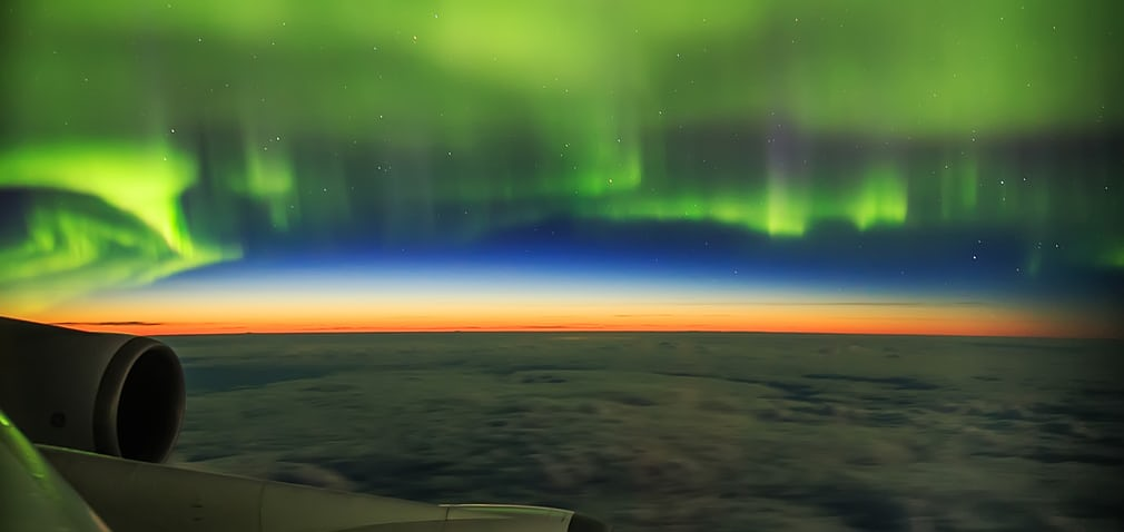 aurora-shot-from-plane_9339c248