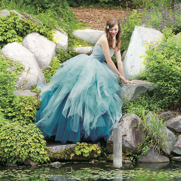 disney-wedding-dresses-kuraudia-co-4-59c4b2f642875__700
