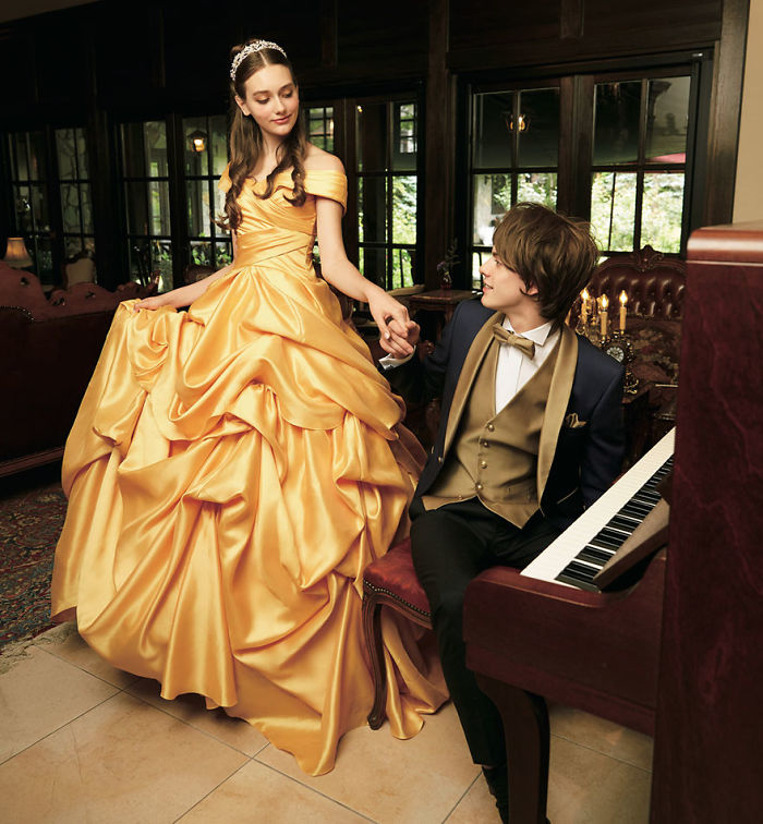 disney-wedding-dresses-kuraudia-co-5-59c4b2f85a089__700