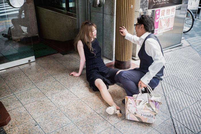 drunk-japanese-photography-lee-chapman-8-59c0c54ec3382__700