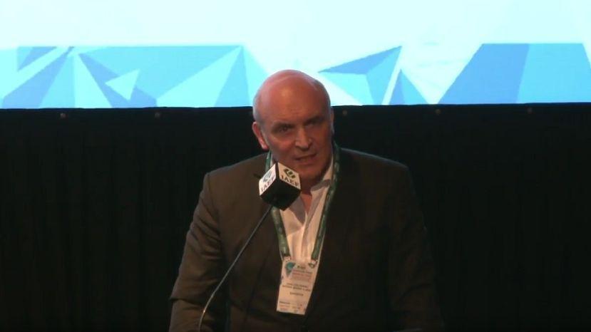 José Luis Espert en el Congreso del IAEF