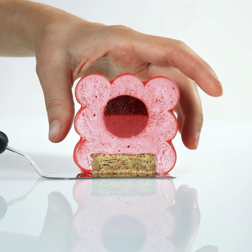 geometrical-cake-designs-patisserie-dinara-kasko-16-59b0e997c0e69__880