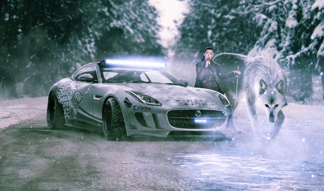 Ayra Stark necesitaría un auto como su carácter: el F-Type de Jaguar es el indicado.