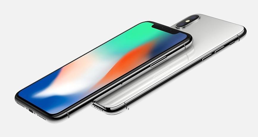 El iPhone X se podrá reservar a partir del 27 de octubre y estará disponible desde el 3 de noviembre.