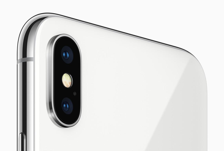 iPhone X - 8