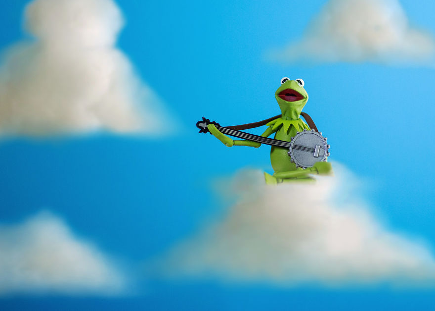 Kermit-on-Cloud-59c41c9711f52__880